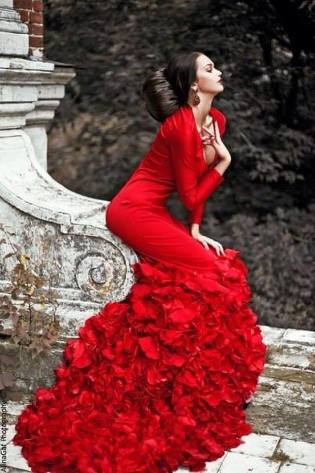 9b2e2be1de6 Red Dress. This one is just funny for me to pin on here. Yeah