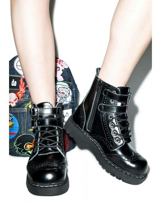 T.U.K brogue two buckle combat boot.. Cute!!!