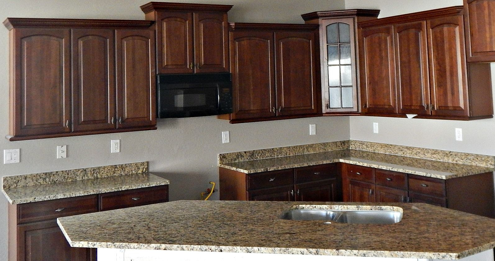 St Cecelia Granite Countertop Remodel With Flat Polish Edge And Under Mount  Stainless Steel Sinks At
