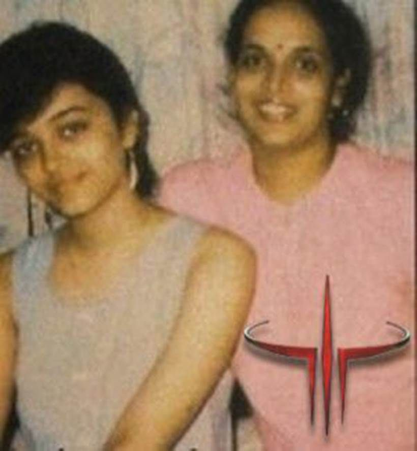 Rare Photos Of Aishwarya Rai And Her Family Aishwarya Photo Aishwarya Rai Vintage Bollywood