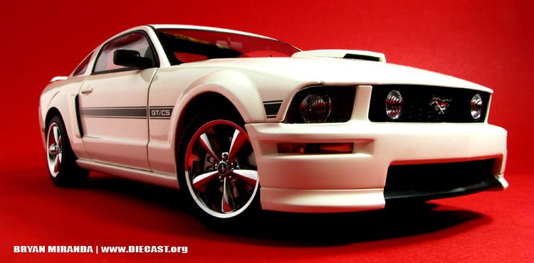 2007 Mustang Gt California Special Diecast Scale Model By Autoart