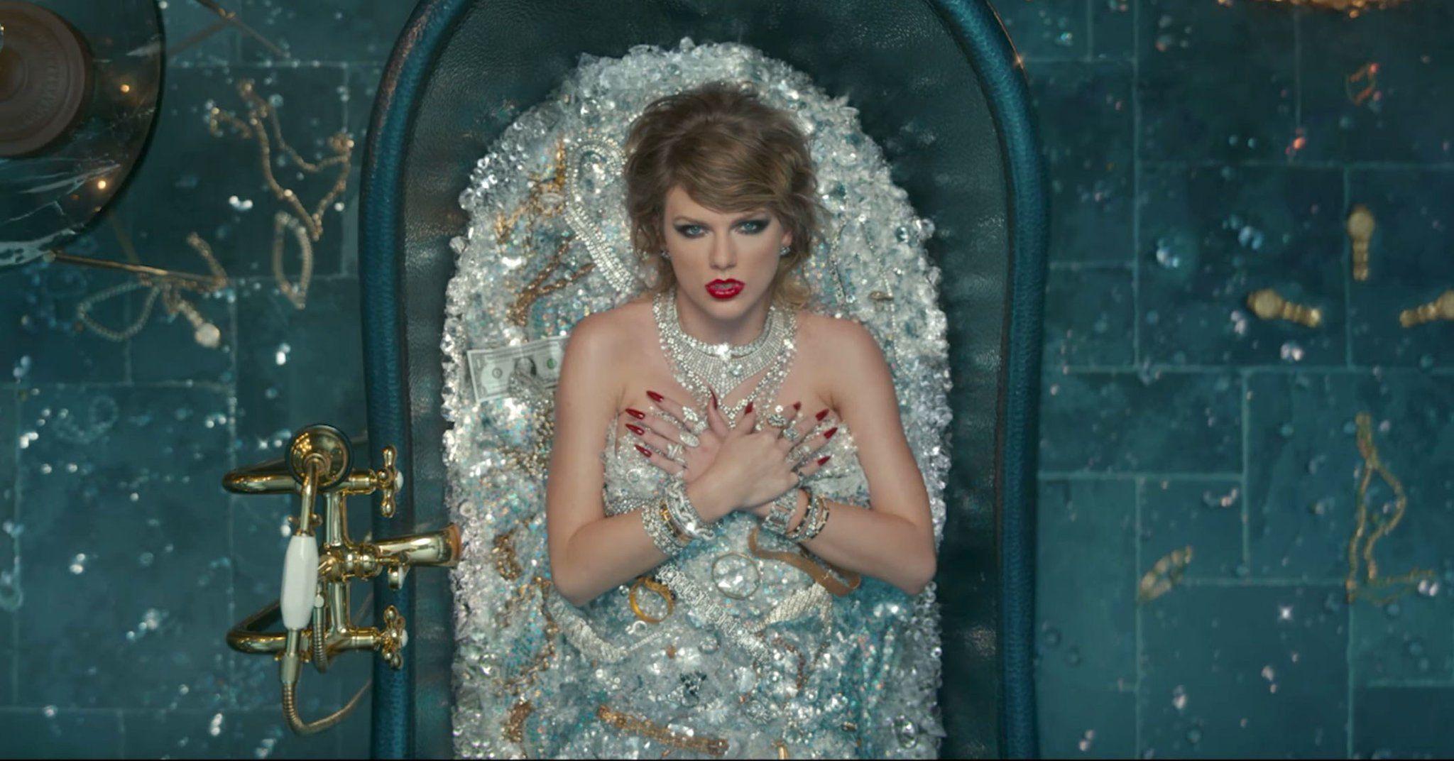 Posh Peep 👀 on Twitter | Taylor swift videos, Taylor swift ...