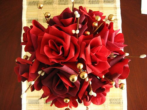 Red Roses With White And Gold Pearl Buds Wedding Flower Bouquets