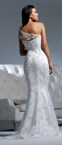 David Tutera dress - Heidi #wedding www.BlueRainbowDesign.com
