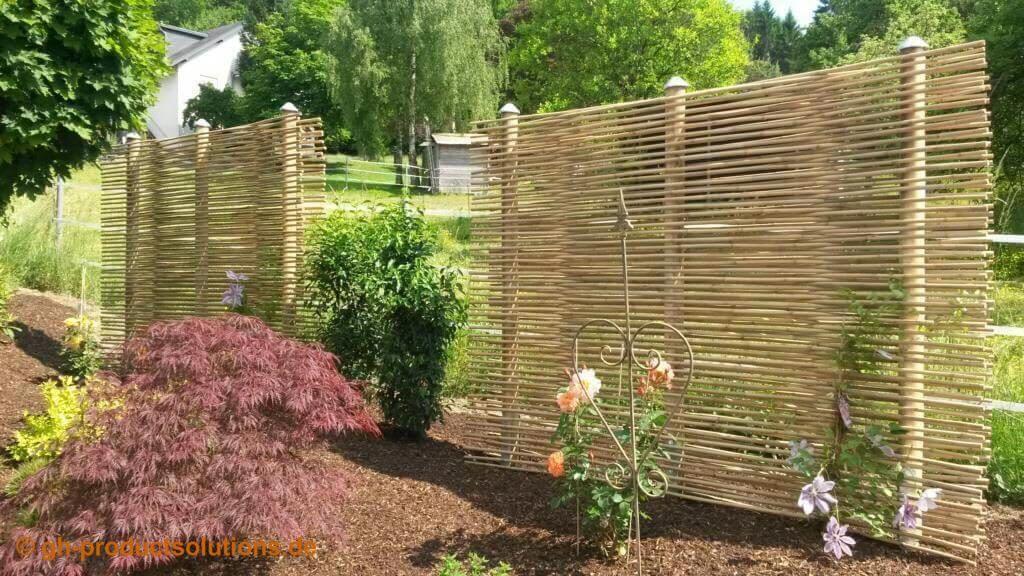 Gartengestaltung Sichtschutz Beispiele Sichtschutzzaun Als Rankgitter In 2020 Gartengestaltung Rankgitter Sichtschutz Gunstig
