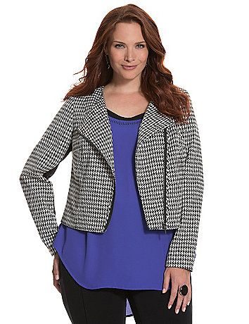 Gah!  It's back this fall, too.  I am not going to be able to resist this year.  Don't know if I can pull off a cropped jacket, but I'll be damned if I don't try!