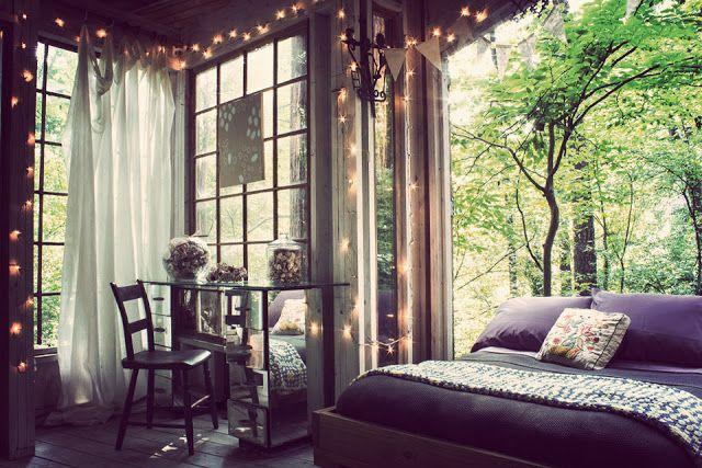Desde de bem pequeninos sonhamos em ter uma casa na árvore iagual àquelas que costumávamos ver...