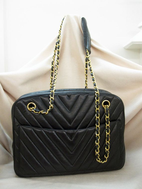 "36e82b25a273 Chanel 1990 Chevron ""V"" Quilt Shoulder Camera Bag in Black Leather - Jumbo"