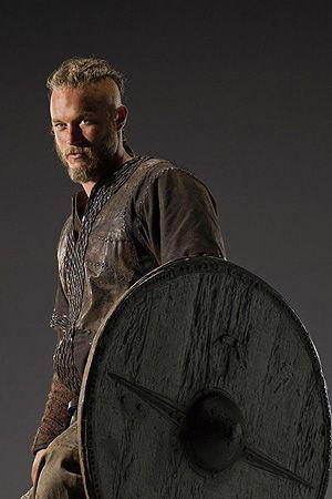 Travis Fimmel Ragnar Lothbrok,....OMG super hot. Love that show...addicting as heck.
