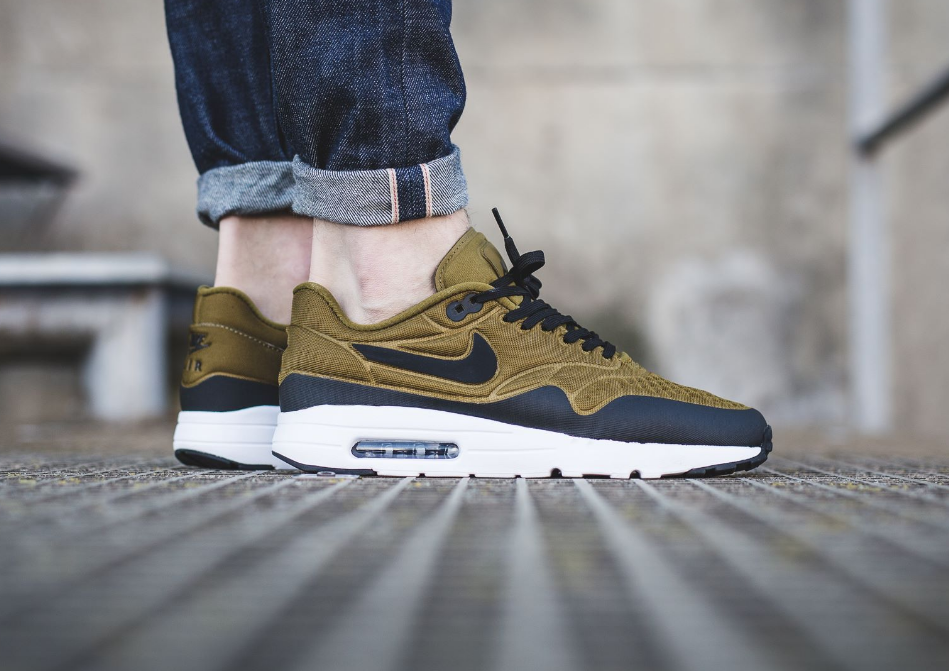 Olive Flak Colors This Upcoming Nike Air Max 1 Ultra Flyknit