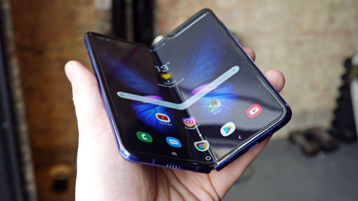 Samsung Suspende El Lanzamiento De Su Modelo De Telefono Plegable