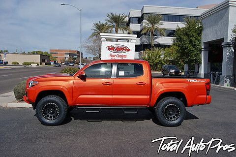 Pictures And Description Of A 2016 Toyota Tacoma Trd Sport Inferno Method Race Wheels Toyo Tires Traxda