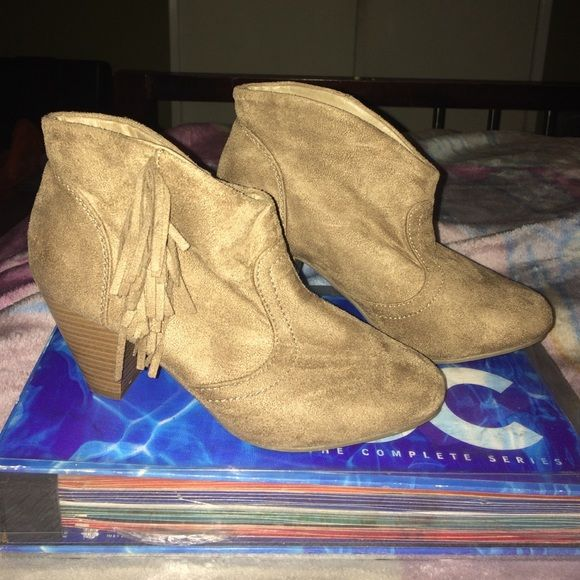 Fringe booties  Sale Great condition, fits true to size, very cute. No damage on the suede material. Diva Lounge Shoes Ankle Boots & Booties