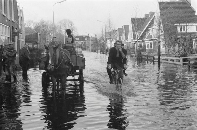 vintage everyday: Netherlands in the Past