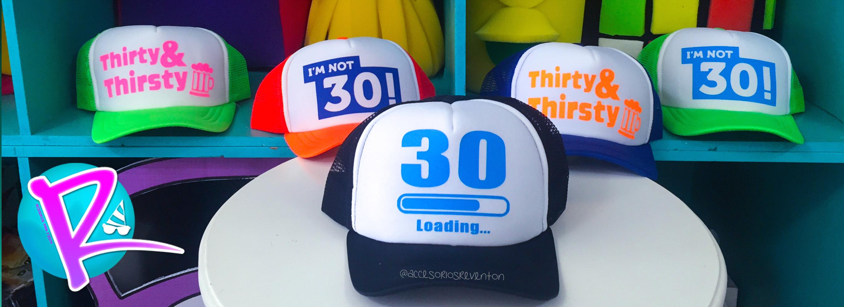 Personaliza tu fiesta de cumpleaños!  cachuchaspersonalizadas  im30   thityandthisty Gorras c1610d8a989