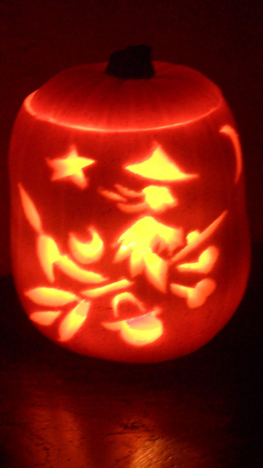 Meg And Mog Pumpkin Carved By Galina Varese Scary Halloween Carving