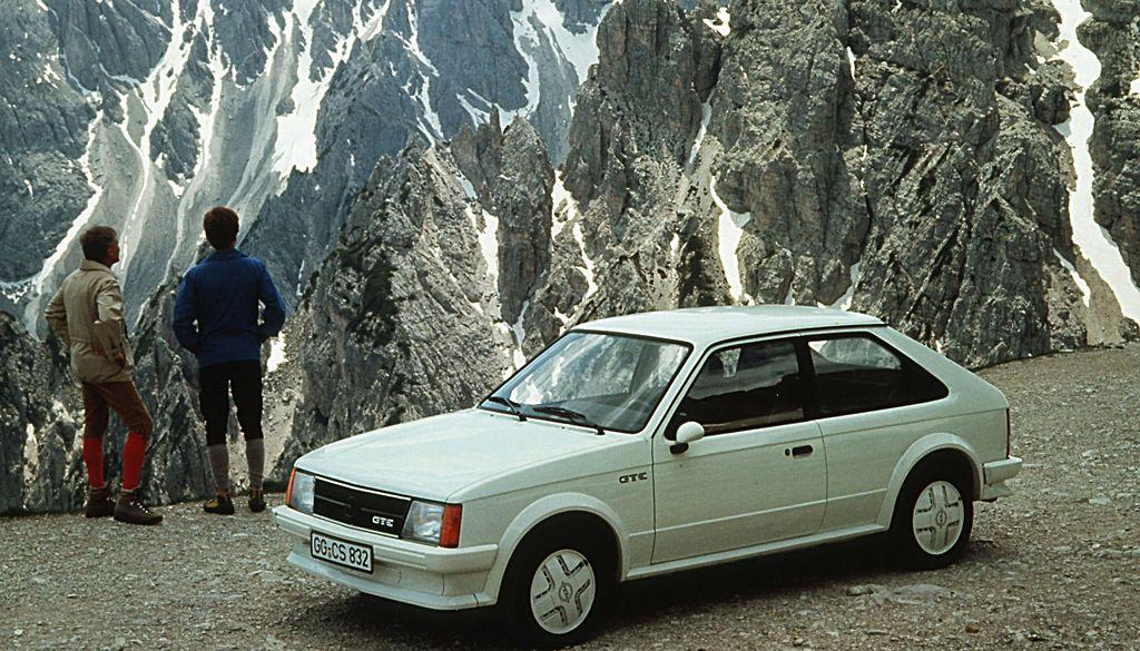 VAUXHALL Astra GTE Mk1 | Car Specs | Octane | Old british cars ...