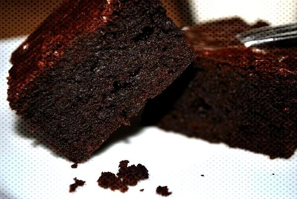 Juicy-chocolatey brownies - juicy brownies with chocolate and cocoa -