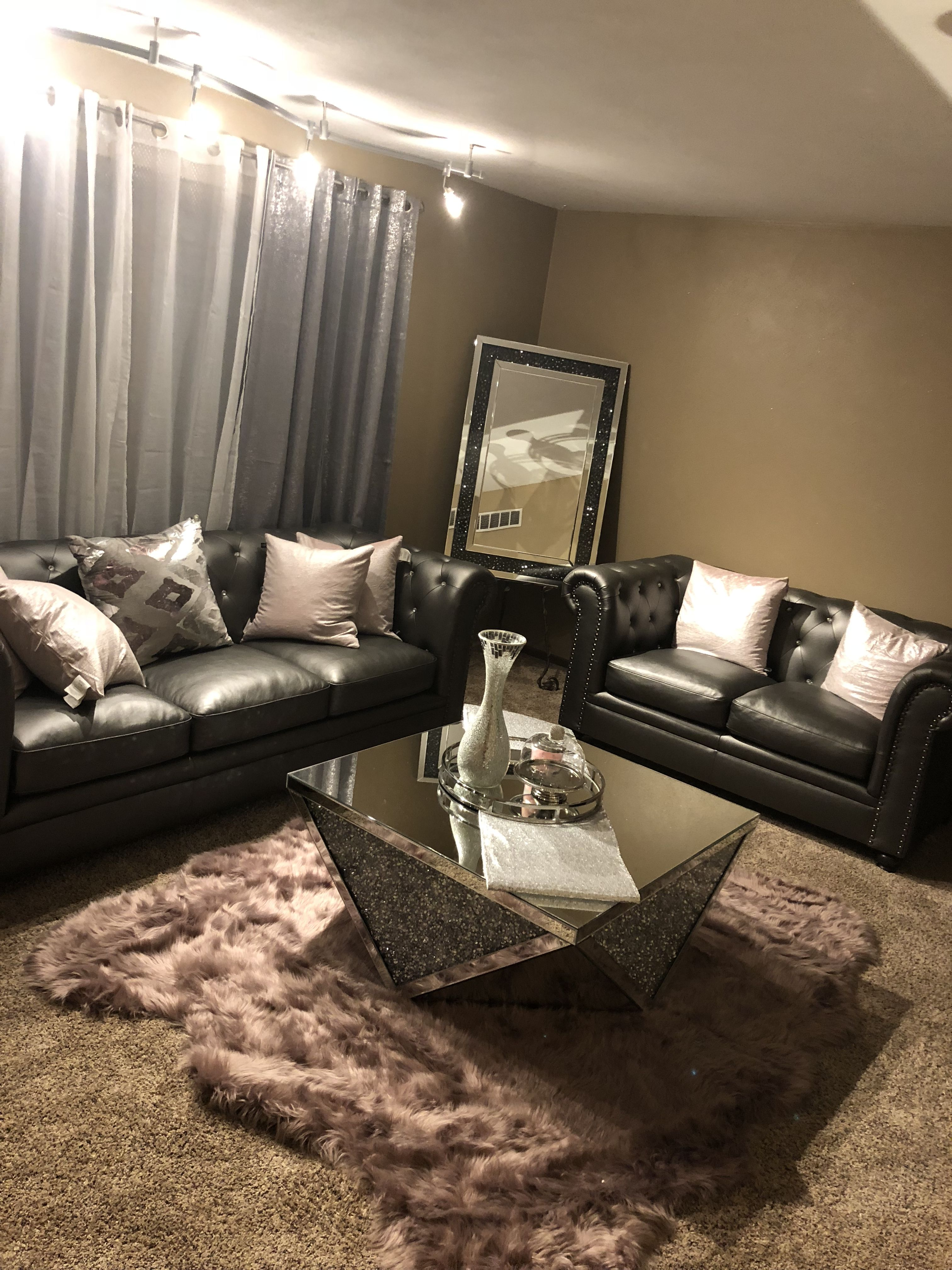 Glam living room #silver   Glam living room, Home living ...