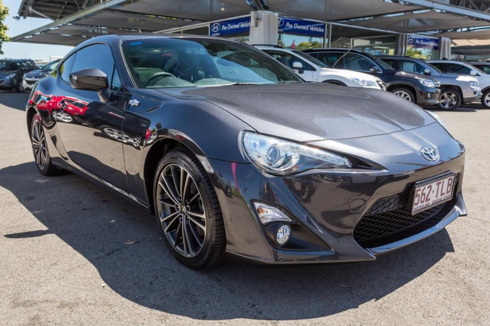 Buy used Toyota 86 GTS 2013 car online at Keema Cars Book