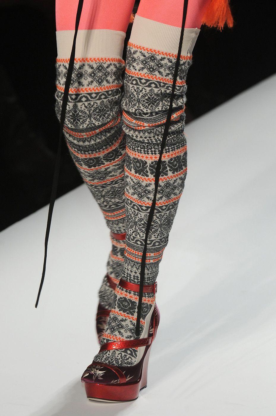 Jean Paul Gaultier at Paris Fashion Week Fall 2010 - Details Runway Photos