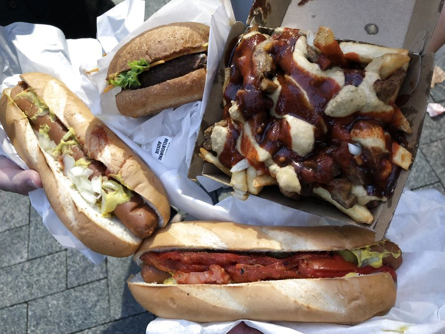 Perth In 5d4n Your Muslim Friendly Itinerary For A Western Australian Adventure Halal Recipes Lord Of The Fries Hot Dog Buns