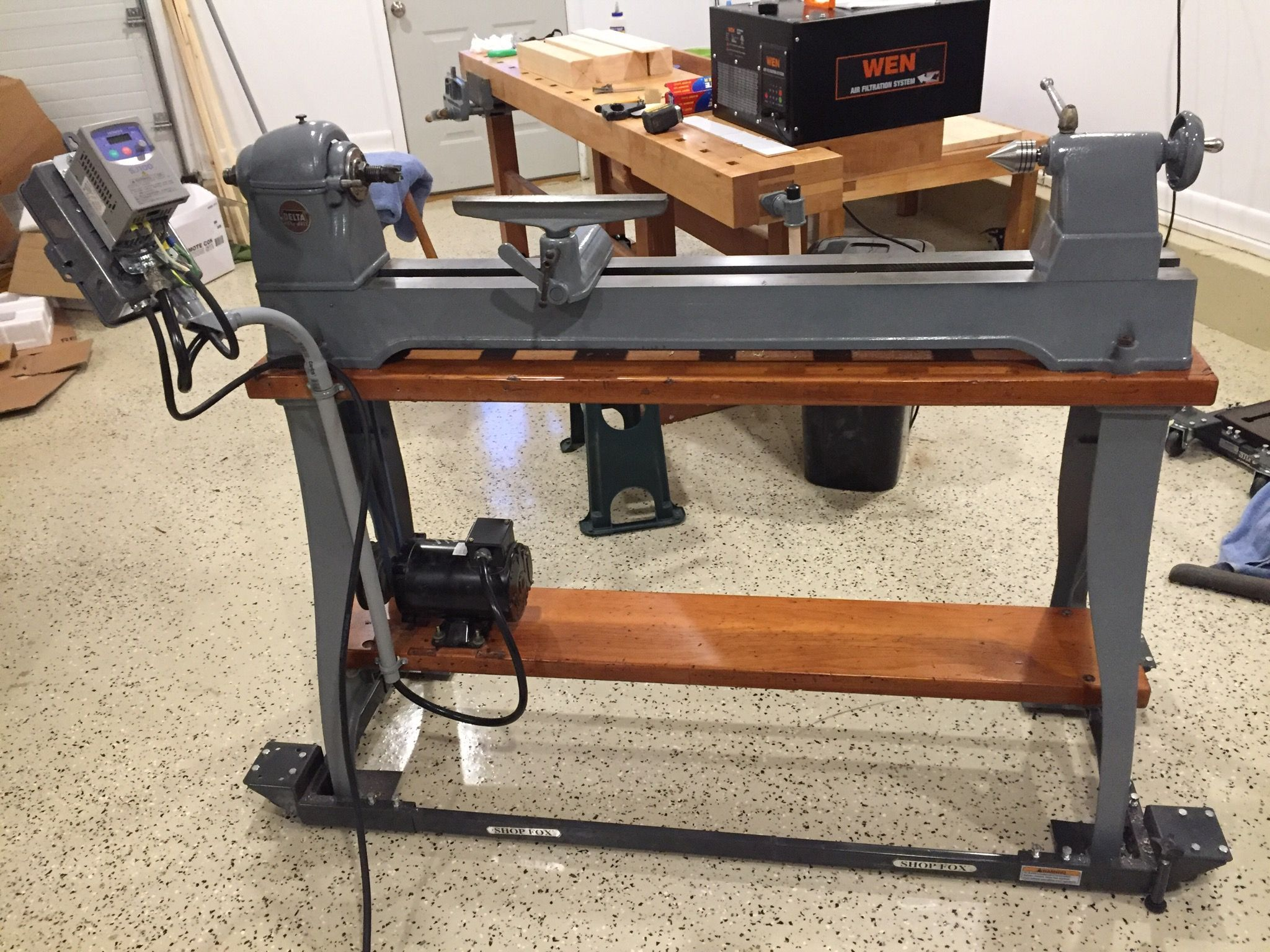 Delta Rockwell lathe rebuilt with new headstock bearings, paint