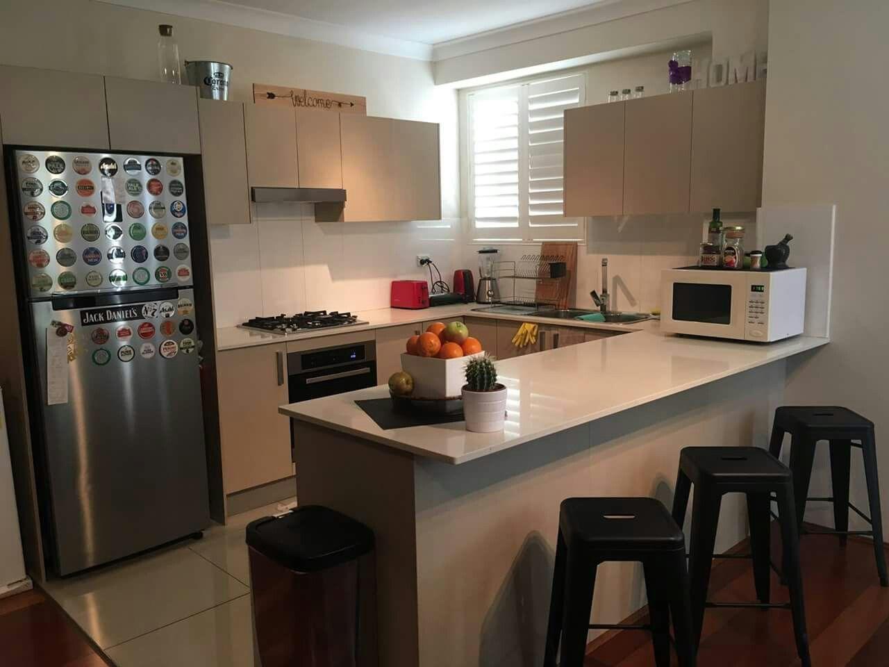 Pin De Lindy Hendon En Decorating Pinterest Modelo De Cocinas  ~ Cocinas Pequeñas Para Apartamentos