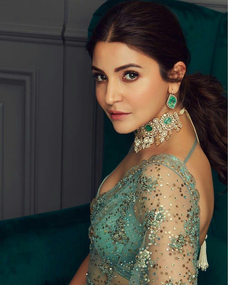 Anushka sharma at priyanka nick reception | Saree trends ...