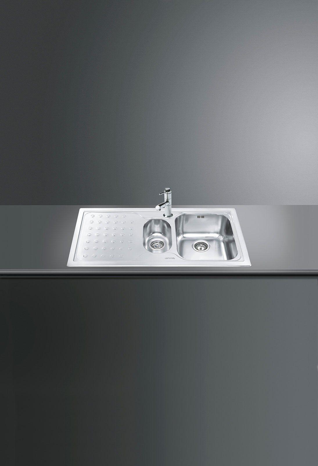 Una vasca e mezza più gocciolatoio per il lavello LV100S-3 di Smeg ...
