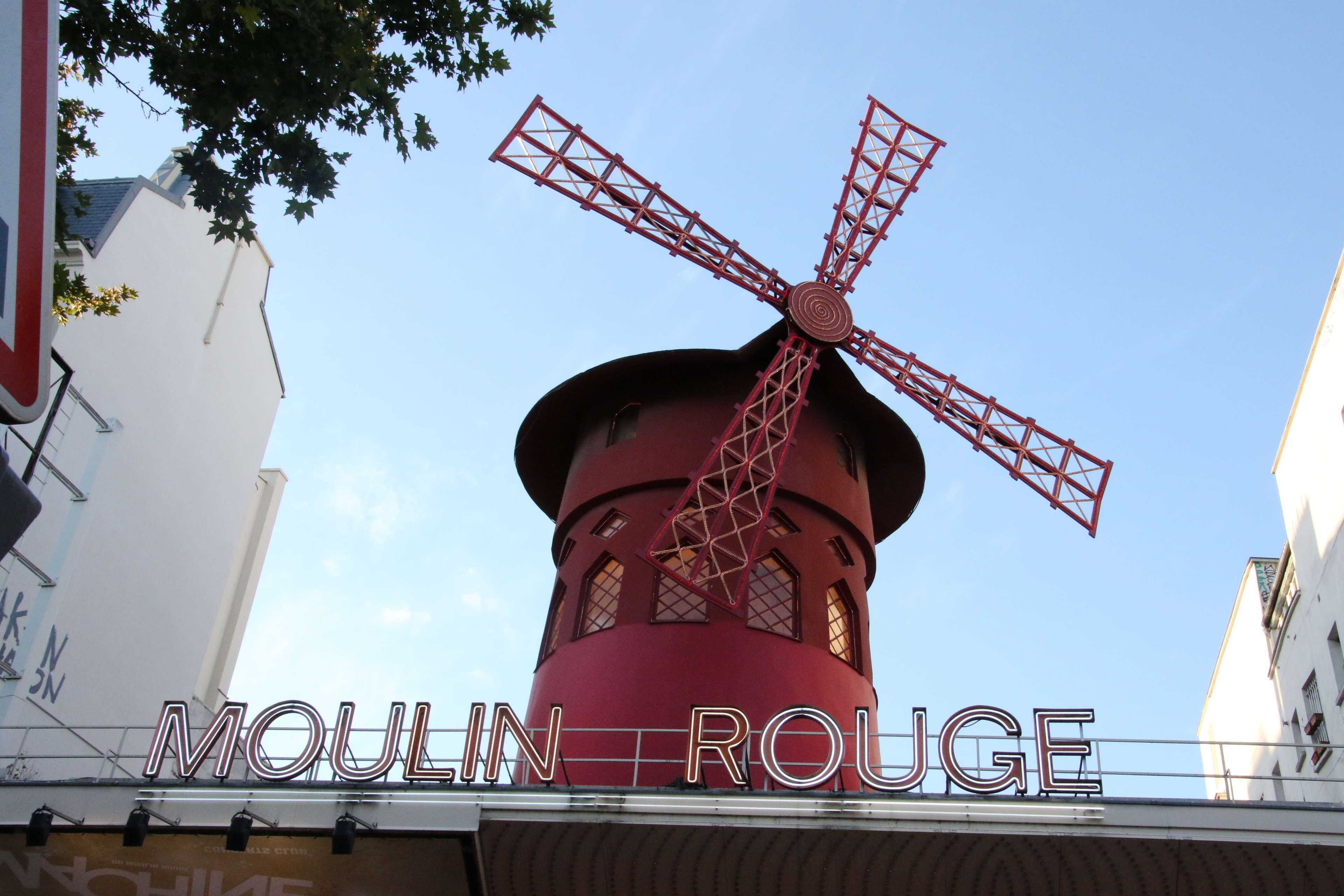 Moulin Red Dating Site