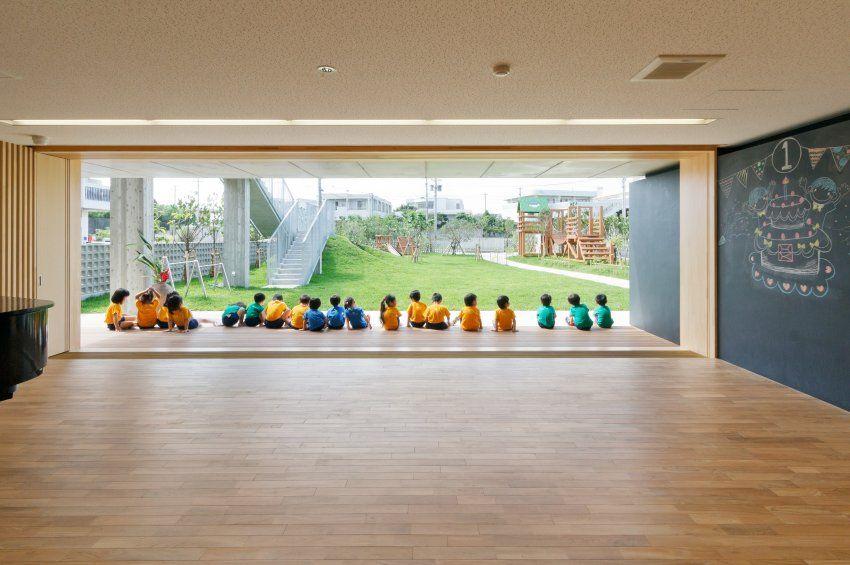 Klettergerüst Bauhaus : Große schiebetüren lassen bei schönem wetter die grenzen zwischen