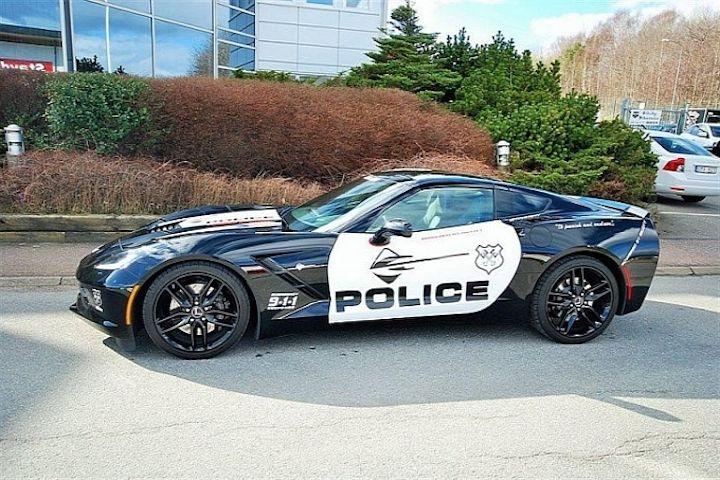 Corvette Police Car: Swedish Corvette Stingray Police Car Needs A New Home