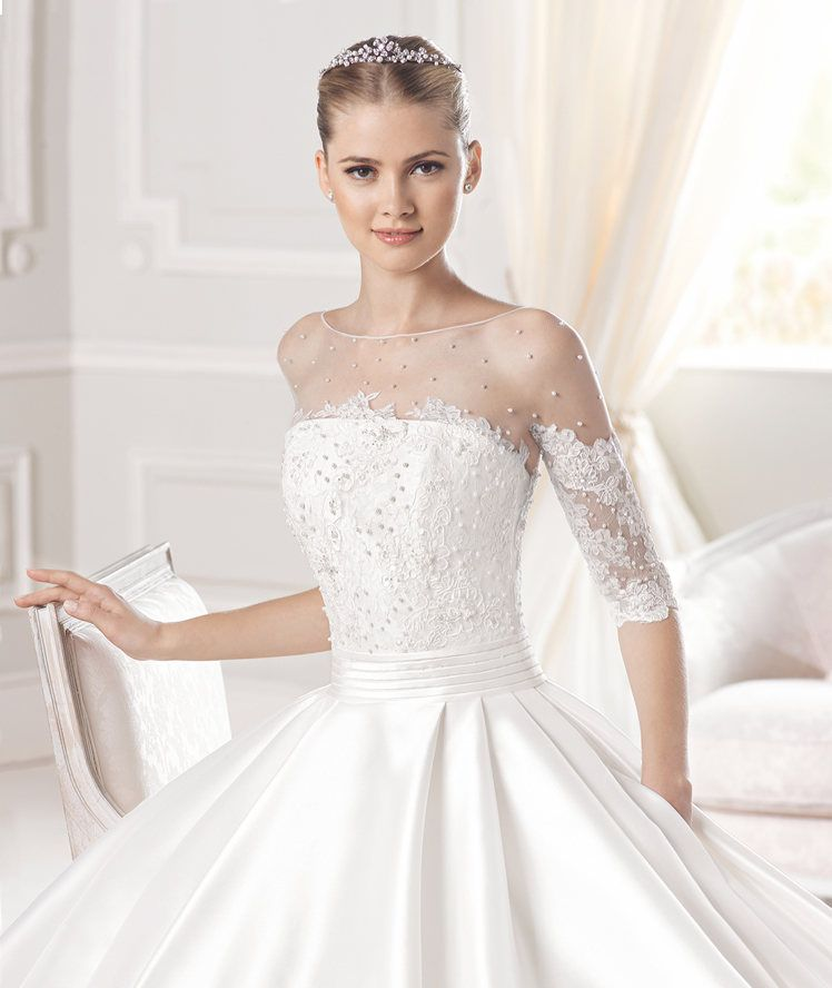 New ERUN wedding dress from the Costura La Sposa collection La Sposa Wedding dresses Pinterest La sposa Wedding dress and Weddings