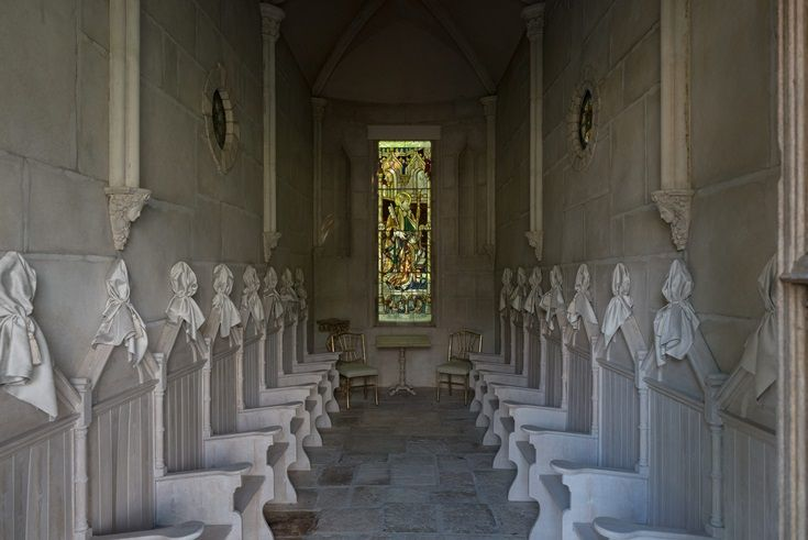 Full View Of The Elegant And Detailed Chapel Situated On The Lyons