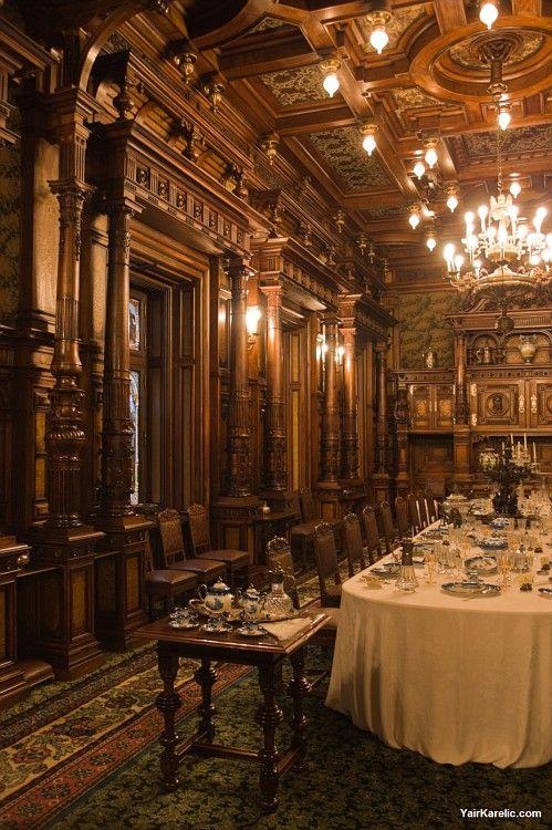 loveisspeed .......: Castelo de Peles romeno: Castelul Peleş é um neo-renascentista castelo nas montanhas dos Cárpatos, perto de Sinaia, no Condado de Prahova, Roménia