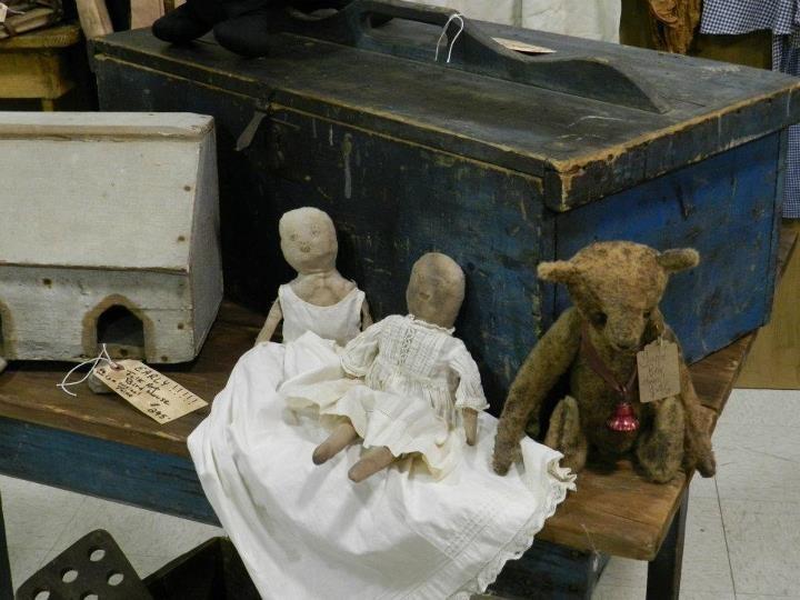 simple goods show 2011 w1824 antiques