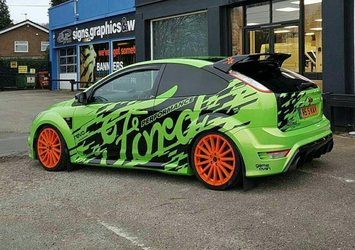 Toxic Green Focus Rs Stripes With Images Ford Focus Hatchback