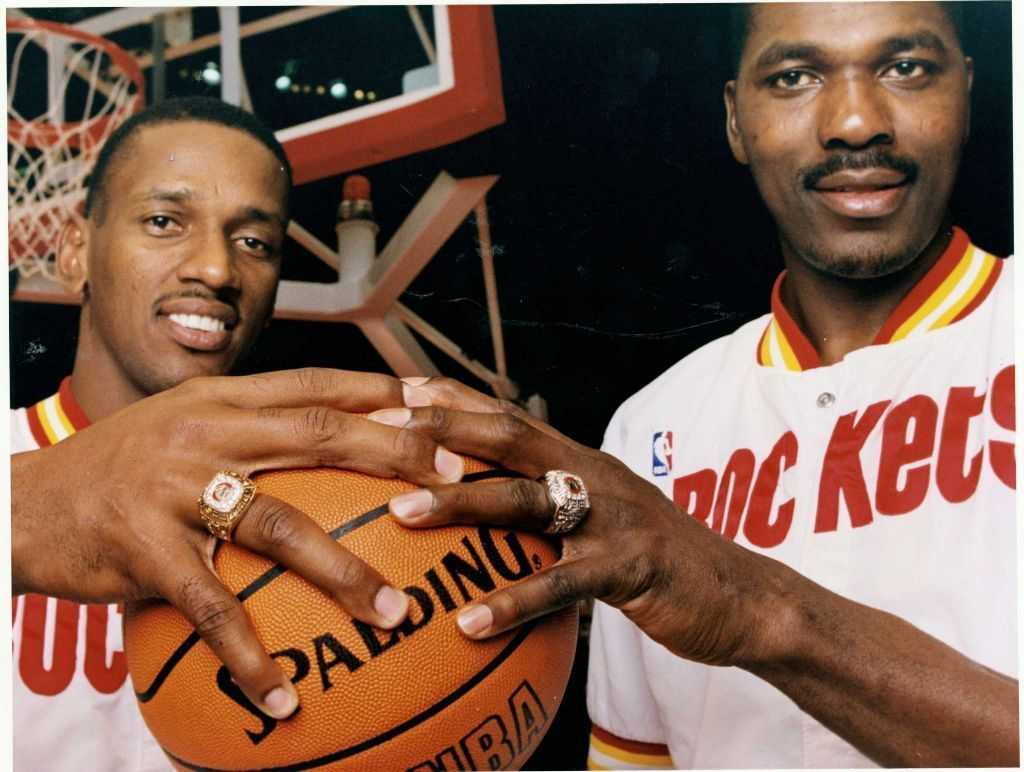 What metal was Hakeem Olajuwon ring made of when he won his 2nd