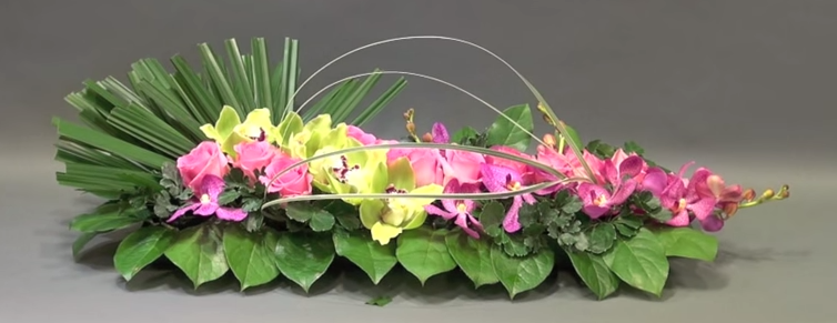 Flower%20For%20Mothers%20Day%20Pinned%20from%20Gordon%20Lee%20|%20Fresh%20flowers%20%20arrangements,%20Flower%20arrangements,%20Flower%20decorations
