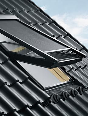 VELUX Awning Blinds From £34.06   35.5% Discount On Roofblinds.co.uk