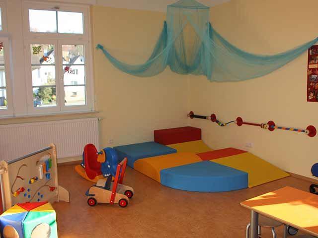 Puppenecke im kindergarten gestalten google suche for Raumgestaltung 0 3