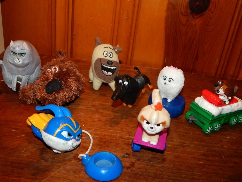 Mcdonalds Secret Life Of Pets Secret Life Of Pets 2 Figure Toys Lot Guc Mcdonalds Secret Life Of Pets Pets Secret Life