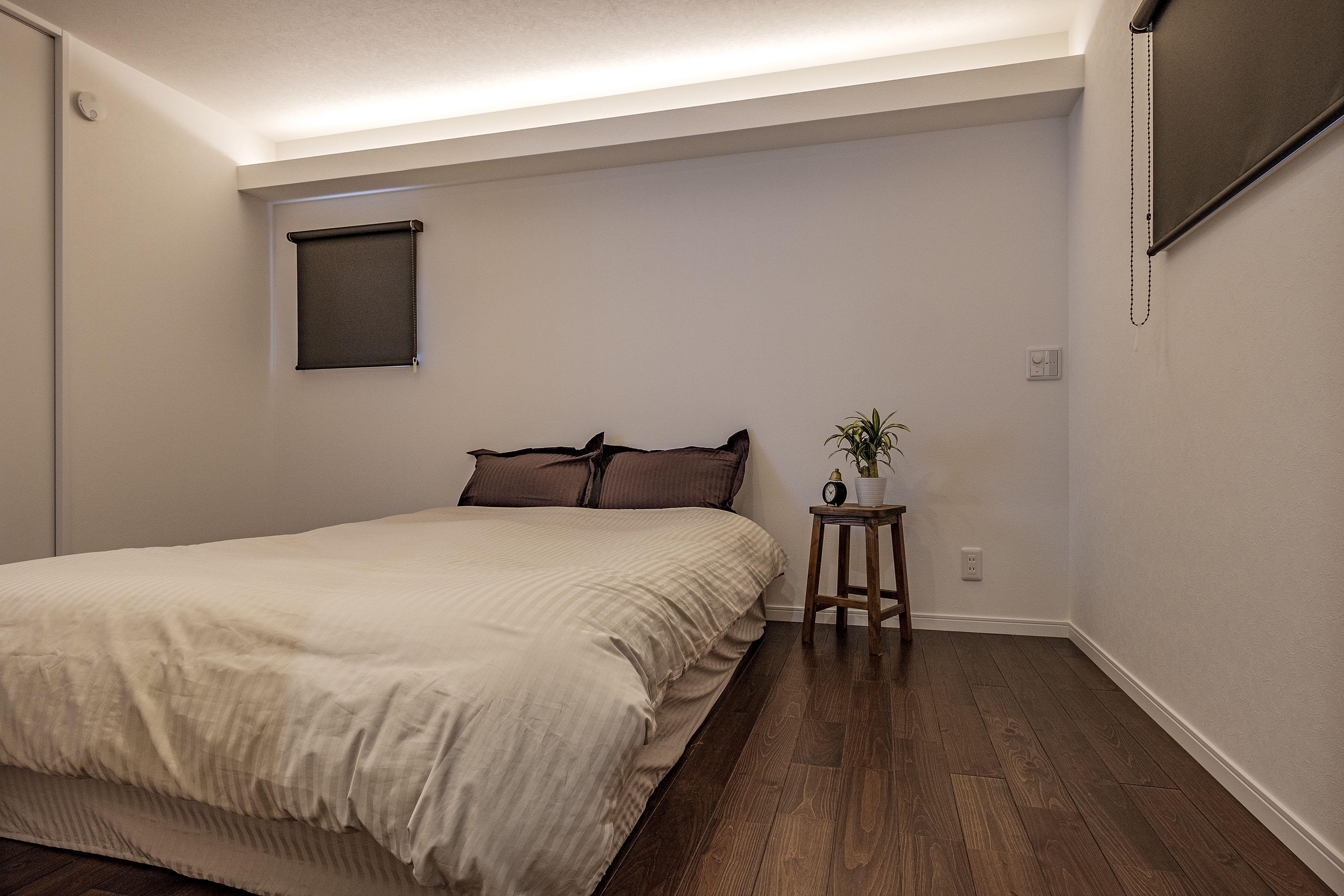 主寝室を照らす間接照明 主寝室 寝室 自宅で