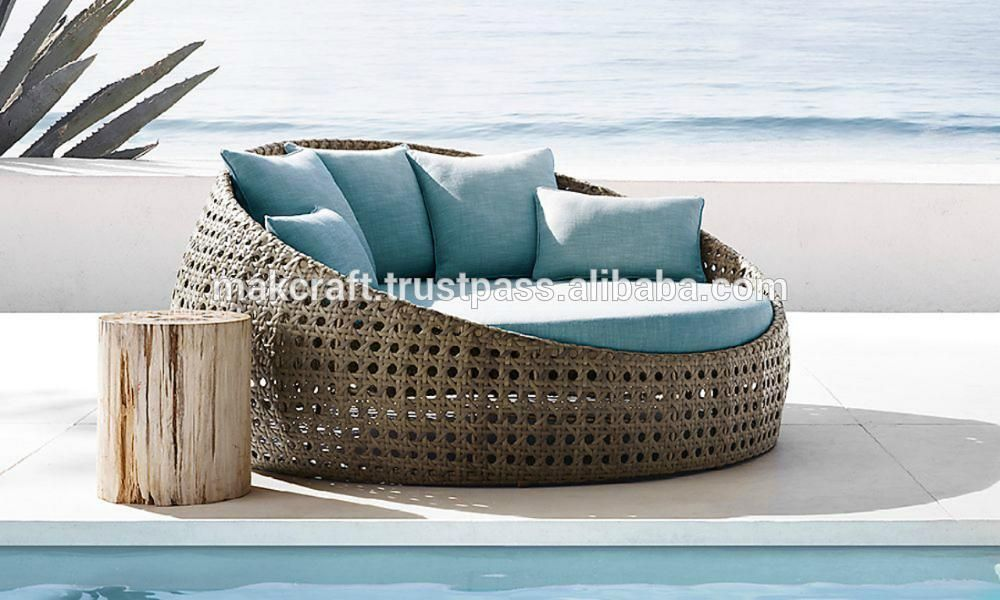 Wicker Round Rattan Pool Chaise Lounge Sun Lounger Wicker Round