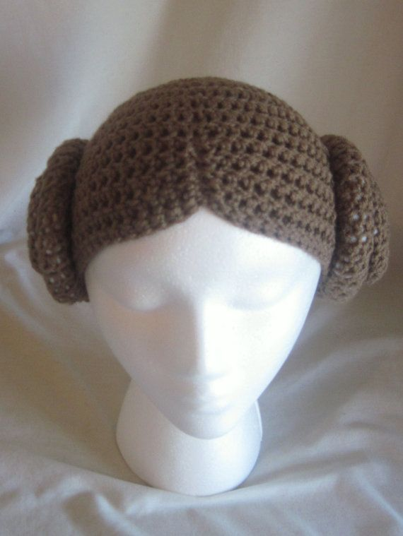 Crocheted Princess Leia Beanie! So so cute! :D You can find Lissas Boutique here!