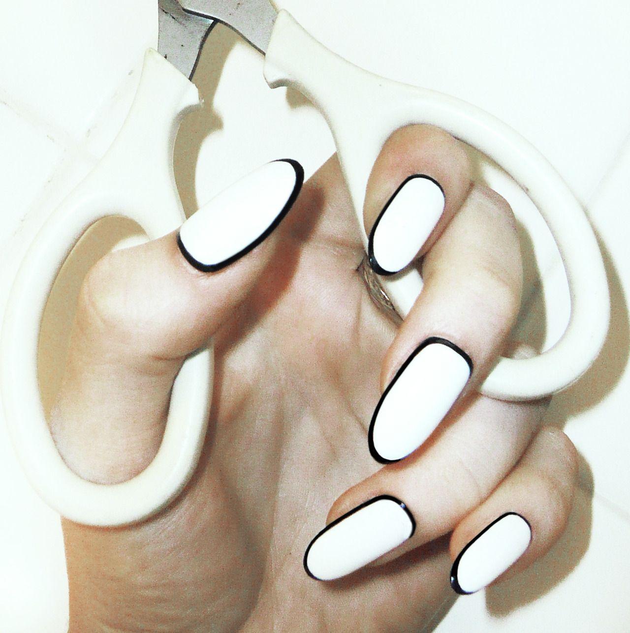 HAUTE!! | Fashion Fix | Pinterest | Black nails, Nail trends and ...