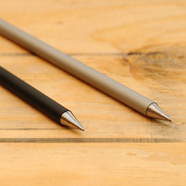 The Inkless Metal Pen If You Want To Make A Point That Doesn T Require Any Sharpening Or Refilling Look No Further Than The Inkless Metal Pen Best Pens Pen