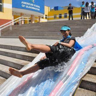 diy water slide diy slip and slide ideas water slides outdoor water games diy. Black Bedroom Furniture Sets. Home Design Ideas