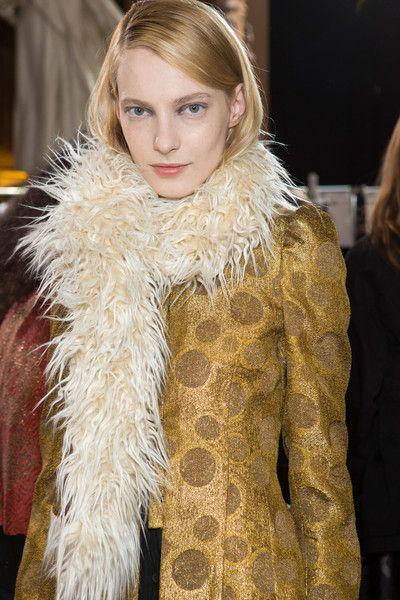 Dries Van Noten at Paris Fashion Week Fall 2015 - Livingly